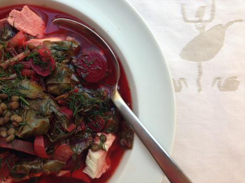 zupa z botwinki gotowa